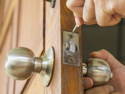 residential locksmith near me